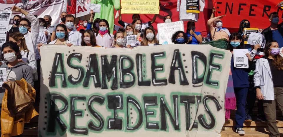 Más de 3.000 mendocinos apoyaron el reclamo salarial y laboral de Salud